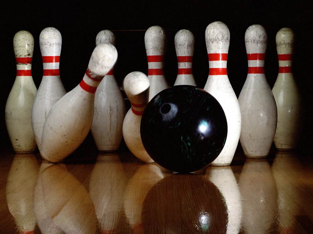 Free Game of Bowling A...