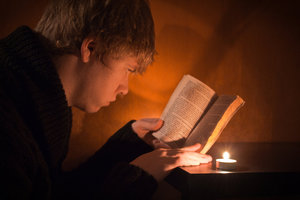 day_20_of_366_reading_by_candlelight_by_cmickle-d4n3ie0
