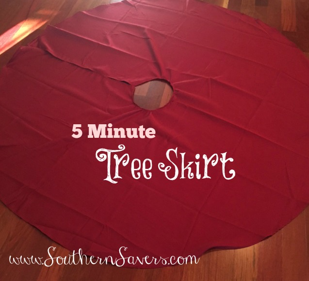DIY Christmas: Making A 5 Minute $5 Tree Skirt :: Southern Savers