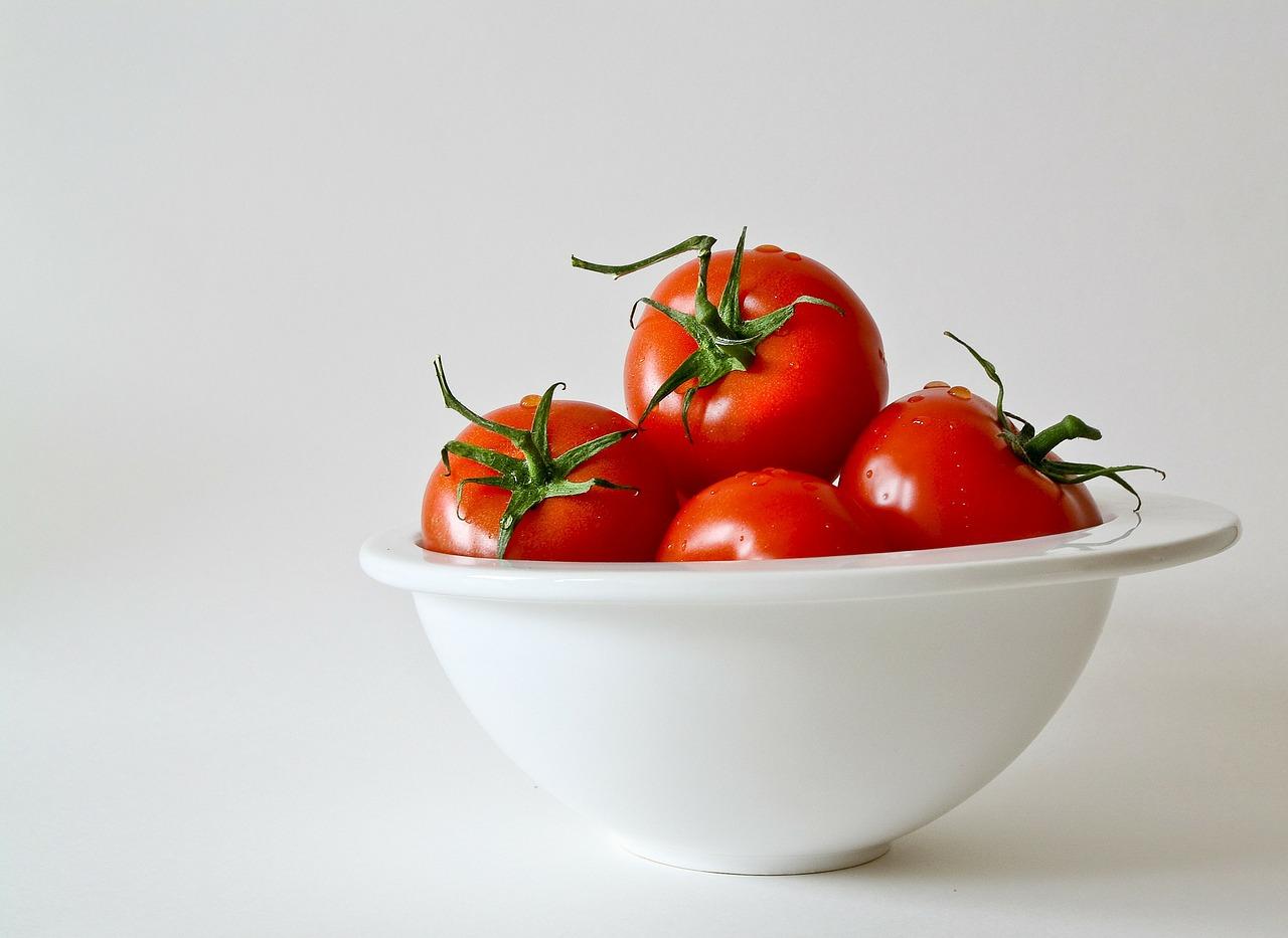 tomatoes-320860_1280