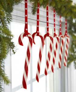 candy-canes-in-the-windows