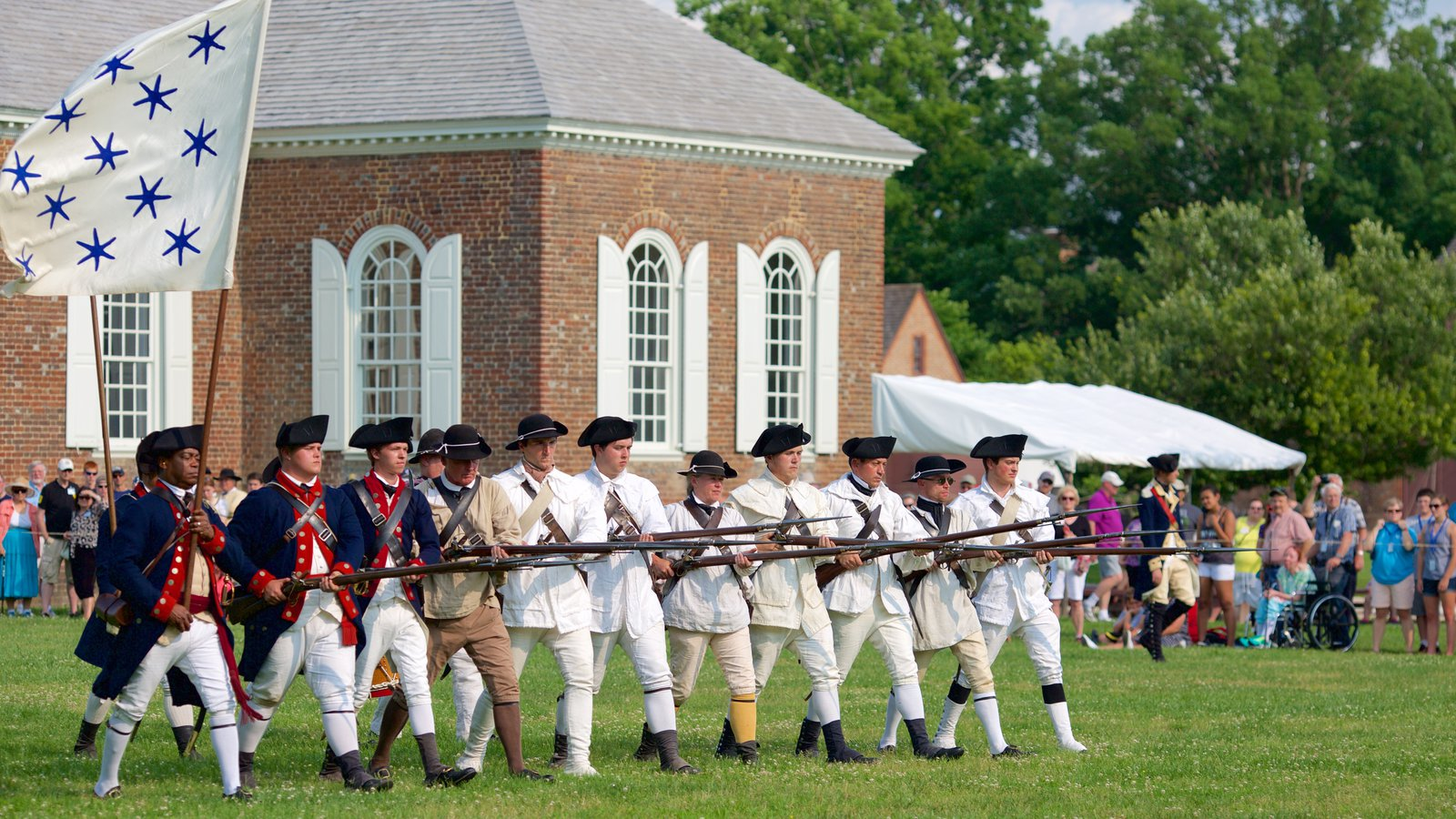 Colonial Williamsburg On a Budget | How We Did 3 Days/4 Nights For $200 & Colonial Williamsburg On a Budget | How We Did 3 Days/4 Nights For ...