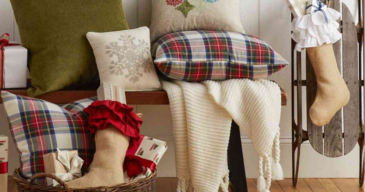 right now wayfair is offering a christmas decor clearance sale with items at up to 70 off save on christmas trees garlands ornaments and more