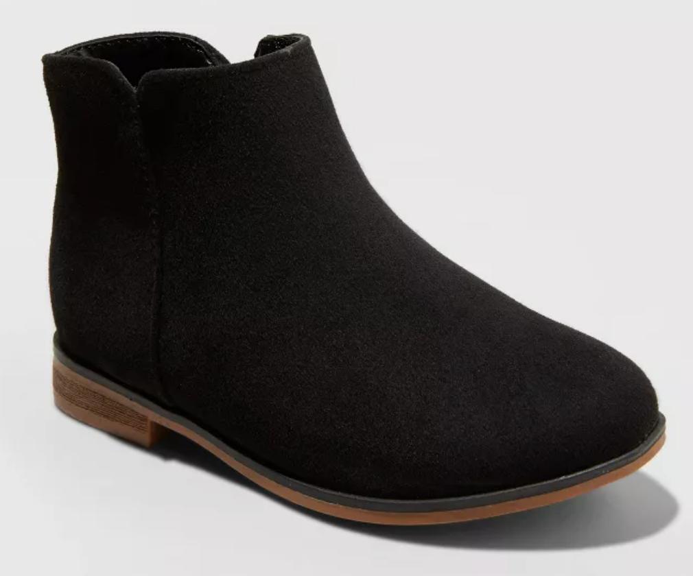 sepatu bot pergelangan kaki