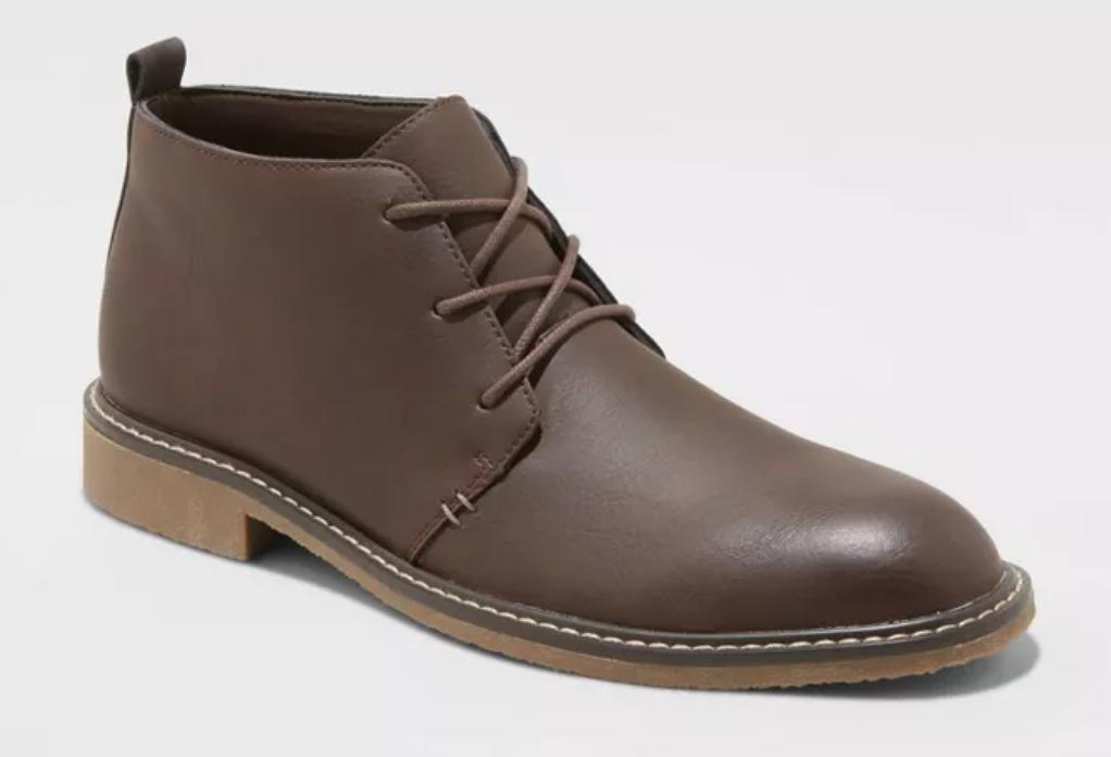 sepatu bot pria