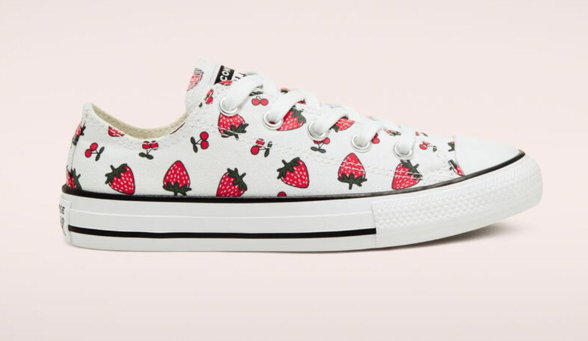 converse strawberry chuck taylor