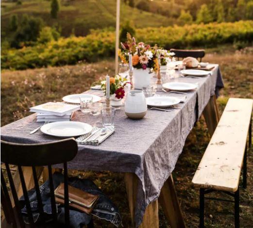 a couple cooks backyard picnic setup