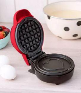 mini heart waffle maker